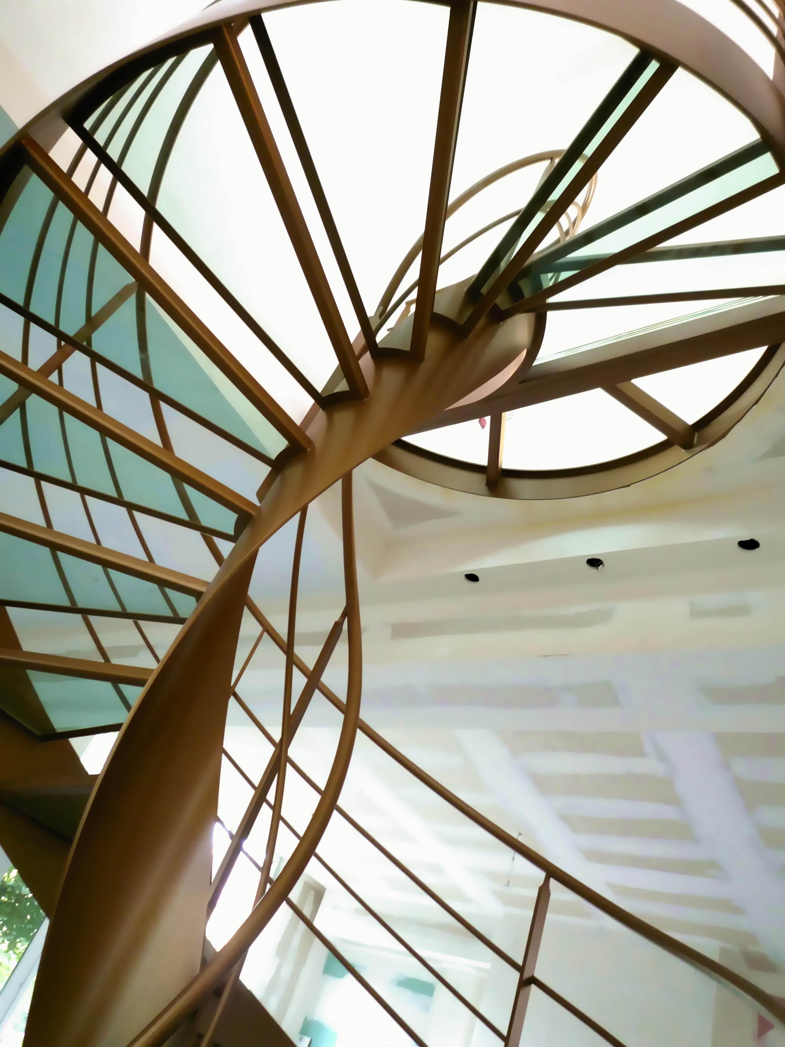 Mobilier contemporain la stylique - Escalier helicoidal design ...